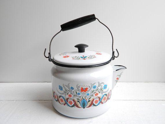 Vintage Enamel Teapot Scandinavian Folk Art Tea Kettle By Uphome Enamel Teapot Vintage Enamelware Tea Sets Modern