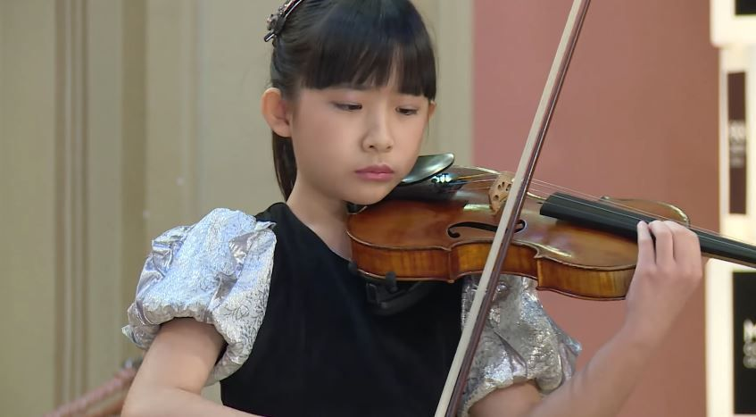 Chloe Chua Plays Ludwig Van Beethoven Astor Piazzolla Jeno Hubay Menuhin Competition 2018 Junior Semi Final Hd Young Musician Violinists Violin Student