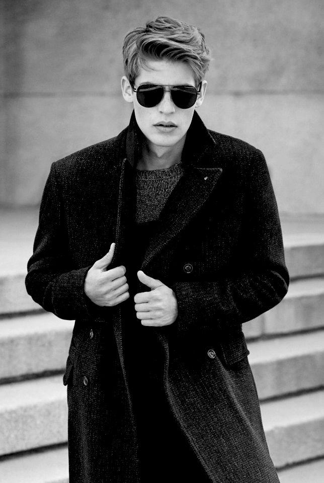 Style and fashion — funnymalemodels:   fashionloveskarl:   Baptiste...
