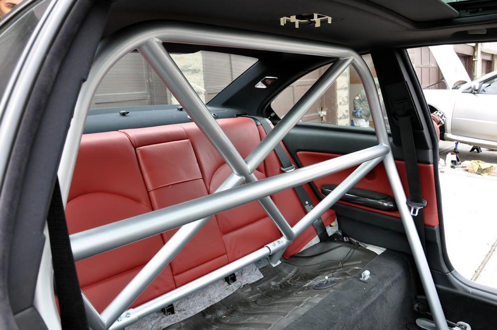 Raven Performace Roll Bar Schroth Profi Ii Installation Pictures Bmw M3 Forum Com E30 M3 E36 M3 E46 M3 E92 M3 F80 X Carros De Sonho Carros
