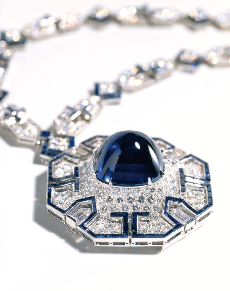 Elizabeth Taylor's Sapphire & Diamond Necklace, a gift from Richard Burton, by Bulgari.