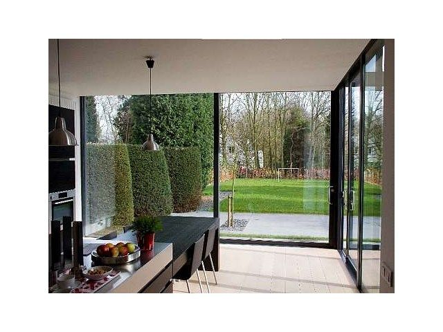 vitre coulissante int rieur moderne portes et fen tres. Black Bedroom Furniture Sets. Home Design Ideas