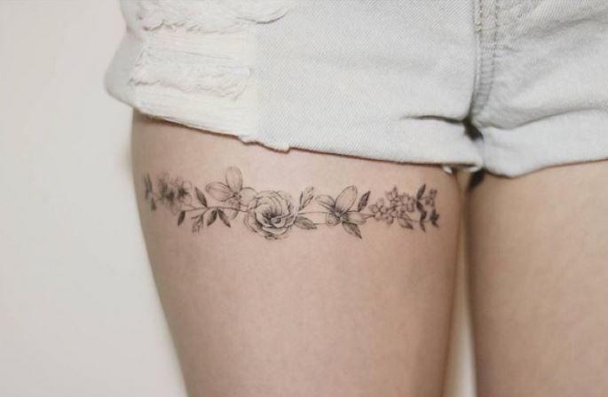 Liga Pequenos Tatuajes De Rosas Tatuajes Piercings Arte En La