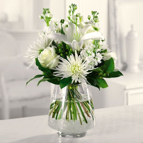 Fuji Mums Flowers Fuji Mum White Centerpieces White Flower Arrangements Winter Wedding Flowers Flower Centerpieces Wedding