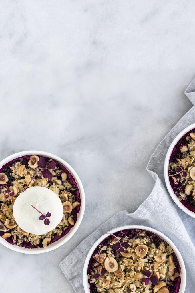 Pære Blåbær Crumble Med Hasselnødder Cakes Pinterest Blueberry