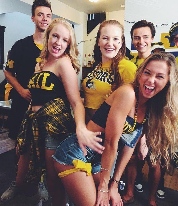 University of Michigan | GameDay | College sorority, College