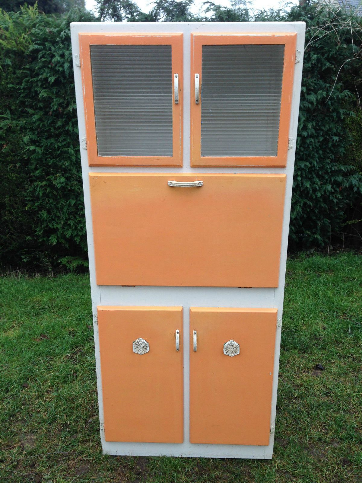 Vintage Kitchenette Cabinet Circa 1950 S Metal Kitchen Cabinets Metal Kitchen Vintage Kitchen Cabinets