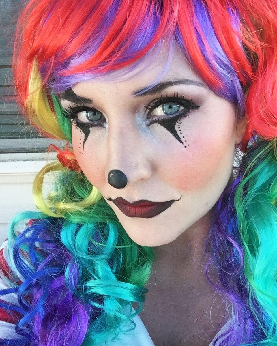 Halloween cute clown makeup for women. Makeup