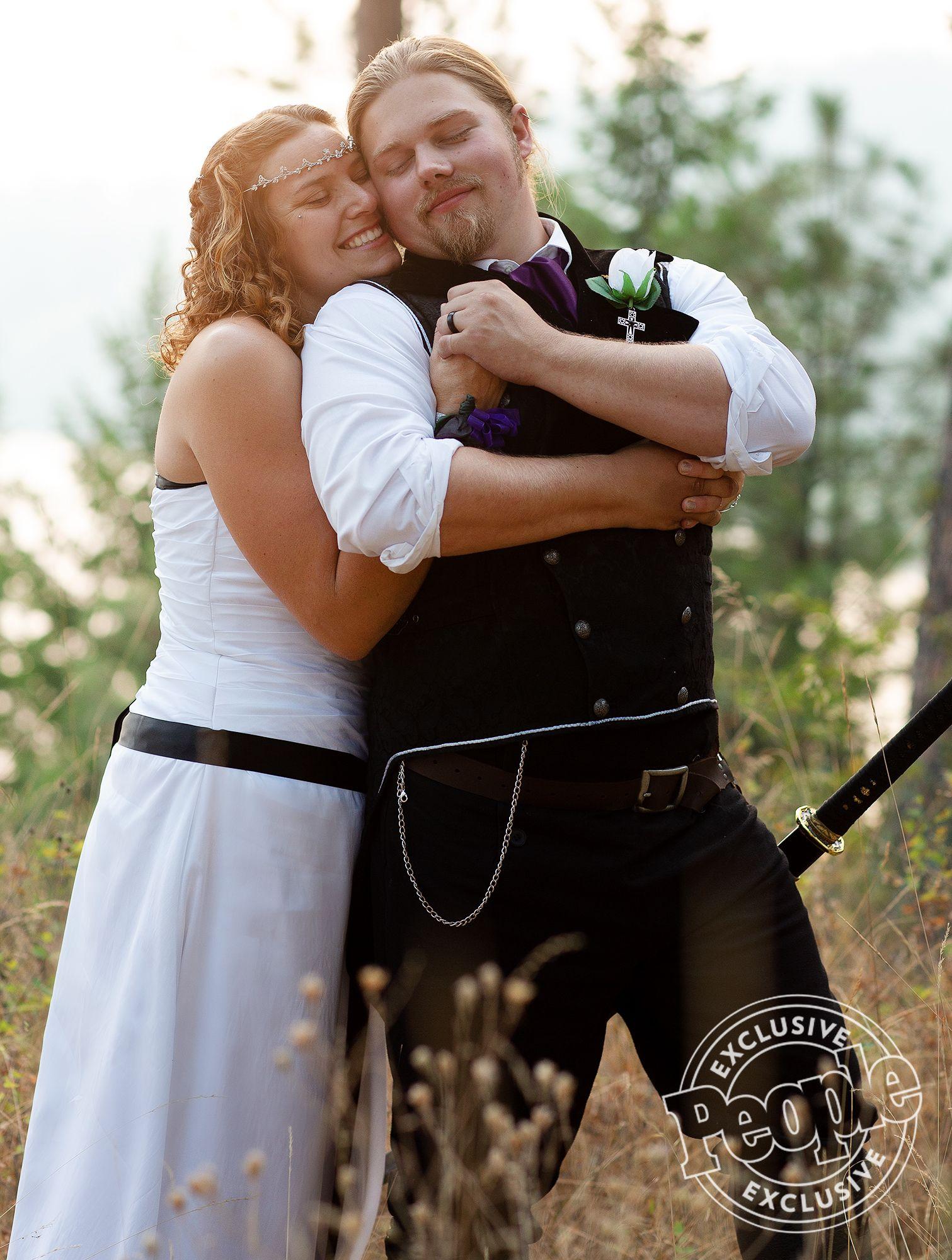 Alaskan Bush People S Noah Brown Is Married Inside The Idaho