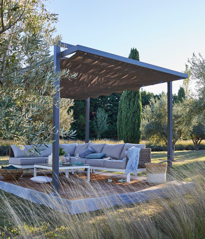 Une Terrasse Au Beau Milieu Du Jardin Salon De Jardin