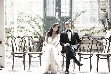 Pre-Wedding Photoshoot by 더써드마인드 The Third Mind   Wedding Dresses by Marie Belle Couture & Galia Lahav Haute Couture   Makeup & Hair by 김선진 끌로에 Kim Sun Jin Chloe