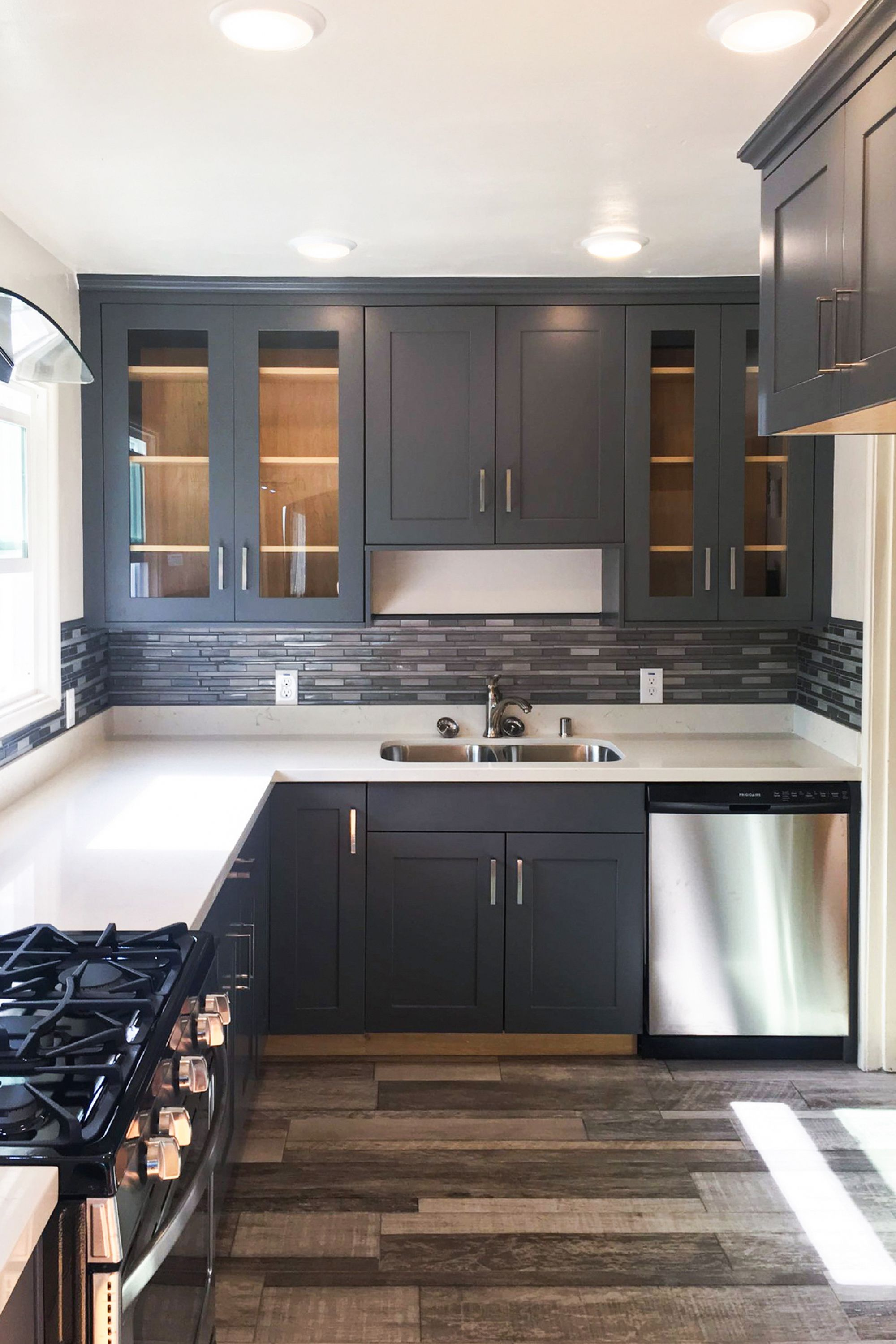 Quick And Easy Way To Refresh Your Kitchen While Working With A Budget Renovate Your Kitchen In Just T Kitchen Design White Kitchen Design Small Kitchen Decor