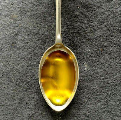 ما هي أضرار شرب زيت الخروع Oils Tableware Utensil
