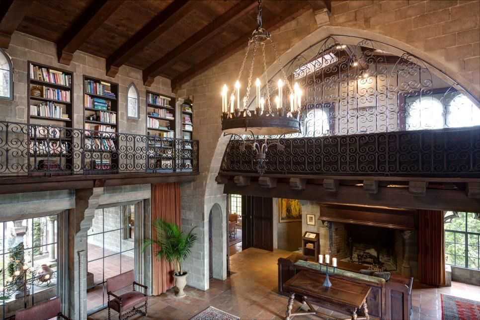 This Mediterranean Style Home In Berkeley Hills Nicknamed Hume Castle Is Reminiscent Of A 13th Century French Castle It Features Gothic Arches And