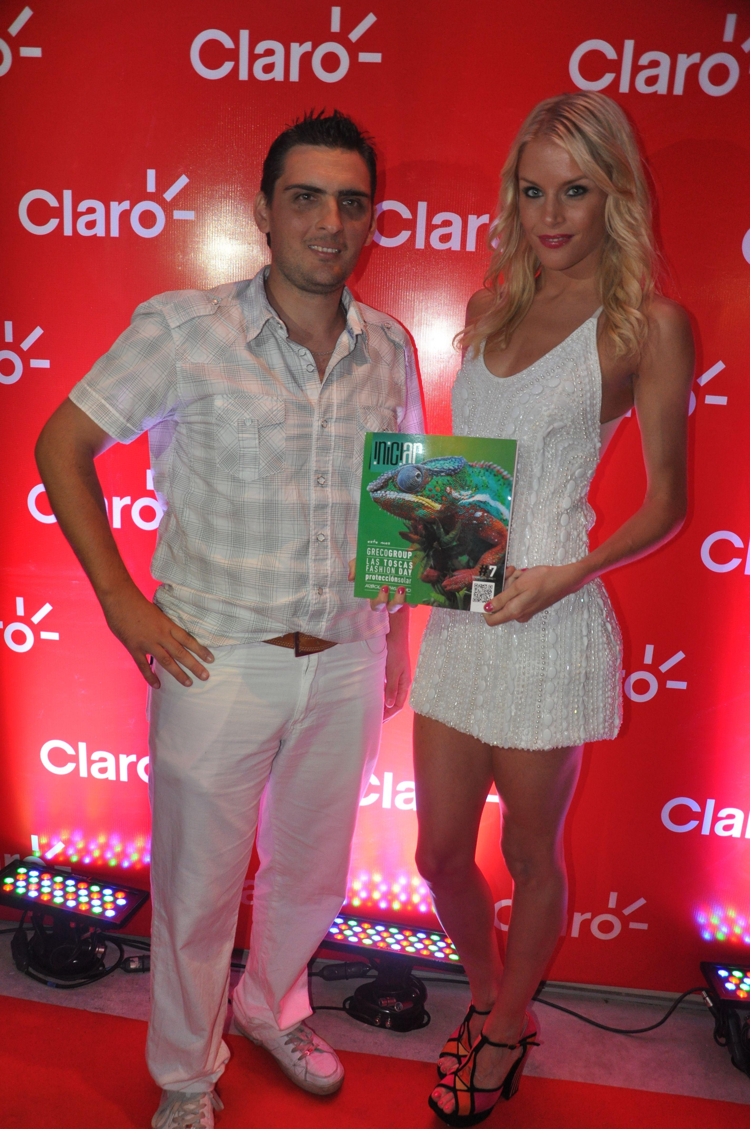 Alexandra Larson (sueca) junto a Revista Iniciar en Claro Night Summer, Enero 2013, Mar del Plata  www.revistainiciar.com.ar/nota.php?edicion=8=74
