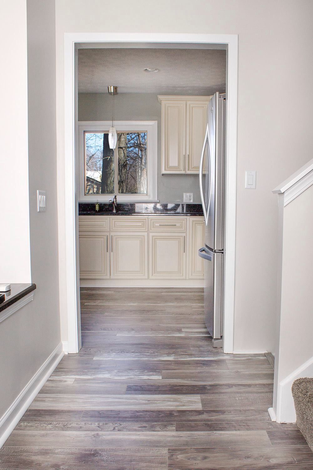 Grey walls laminate flooring pinteres for Grey wood floor bathroom