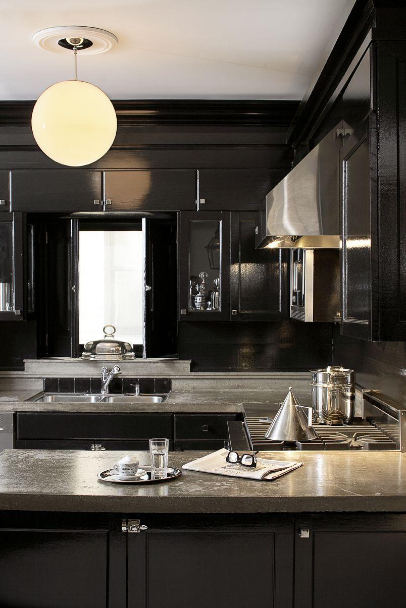 Leo Designs Chicago European Gallery Kitchen Design Small Kitchen Design Color Cottage Kitchen Cabinets