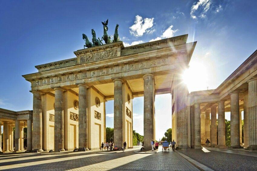 Brandenburger Tor Berlin Germany Berlin Travel Berlin Tour Places