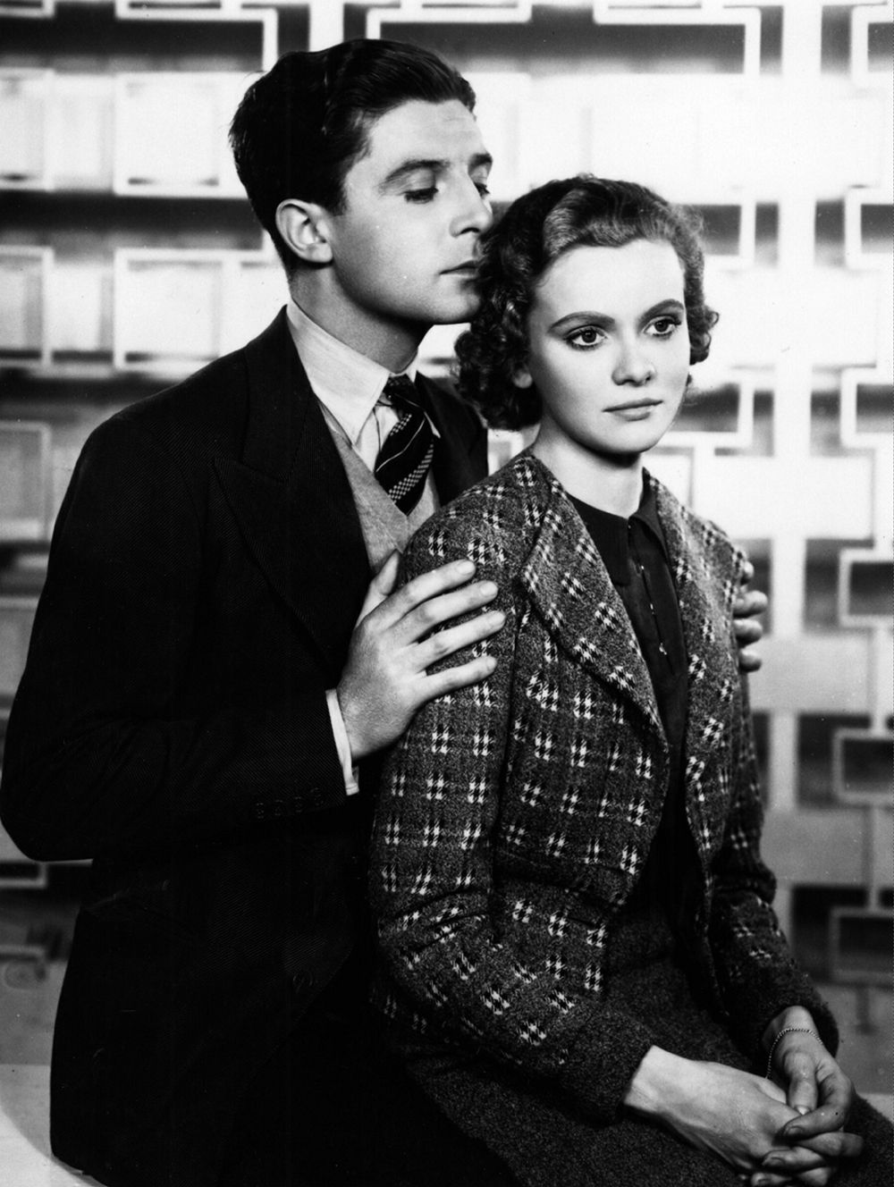 Derrick De Marney and Nova Pilbeam in Young and Innocent (1937, dir. Alfred Hitchcock)