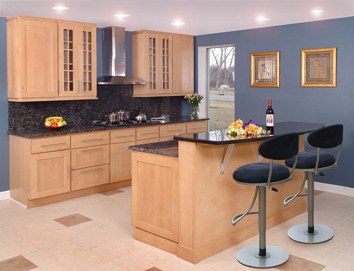 Maple Shaker Kitchen Cabinets millport maple shaker cabinets aberdeen maple amaretto crème glaze