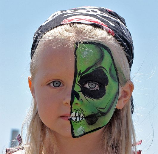 21 creepy and cool halloween face painting ideas - Halloween Easy Face Painting