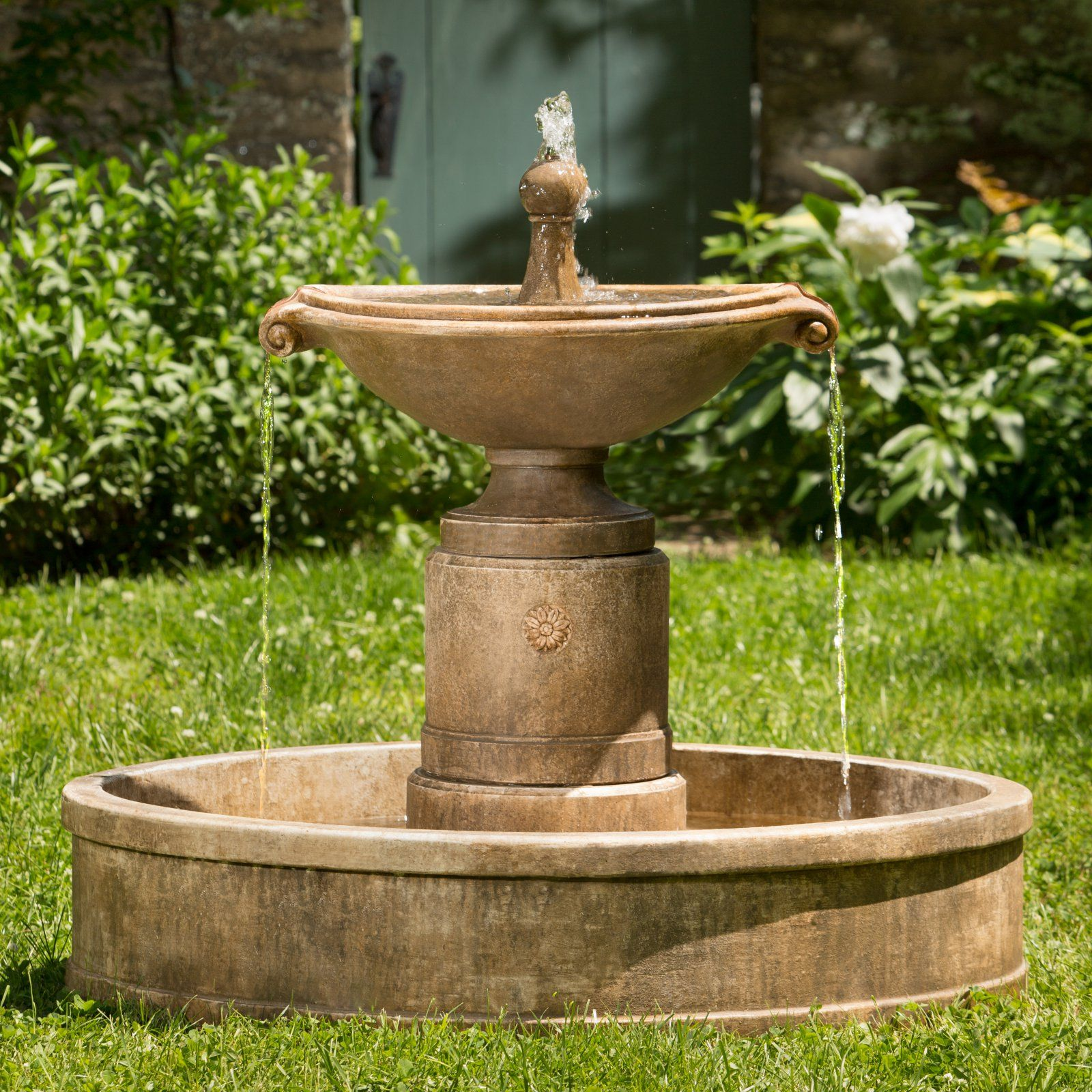 Campania International Borghese In Outdoor Basin Fountain Concrete Fountains Fountains Outdoor Garden Water Fountains