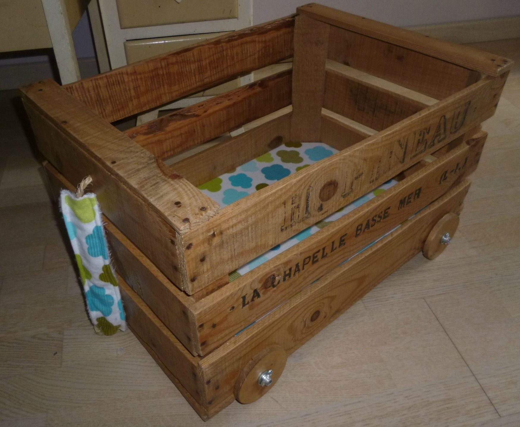 Chariot à jouets rétro/indu en bois (collection Nantes) (avec images)   Jouets rétro, Rangement ...