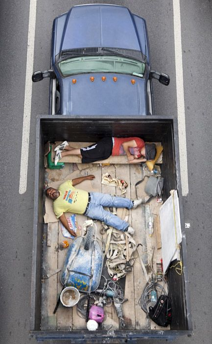 Alejandro Cartagena - The Car Poolers in mexico.