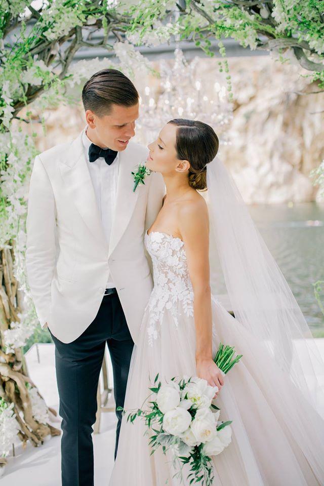 Marina Luczenko Wedding Photography Inspiration Floral Wedding Inspiration Wedding Photography