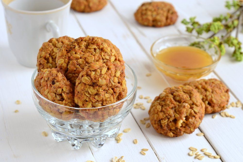 Carrot cake treats, carrot cake cookies, carrot cake biscuits recipe,
