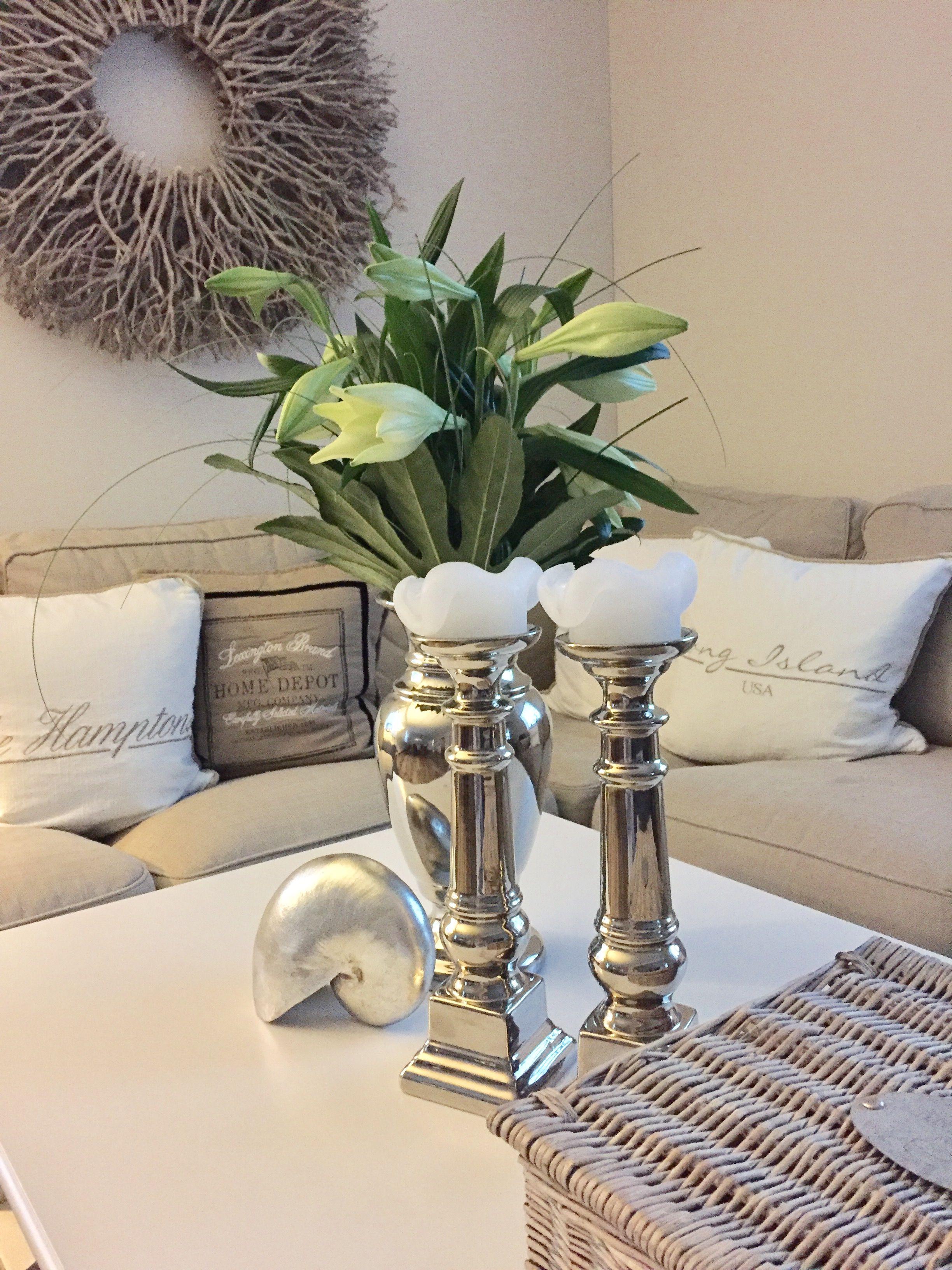 Wohnzimmer  Ich liebe weiße Lilien  www.ambienteathome.de