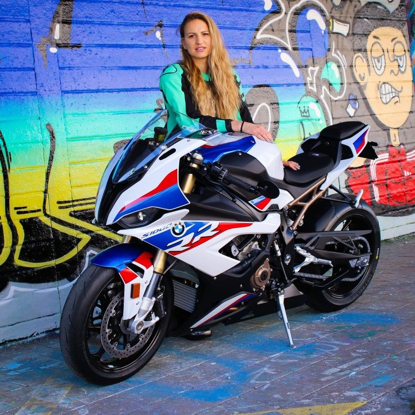 Swiss Bikergirl Bmw S1000rr 2020 In 2020 Bmw S1000rr Bmw S Bmw