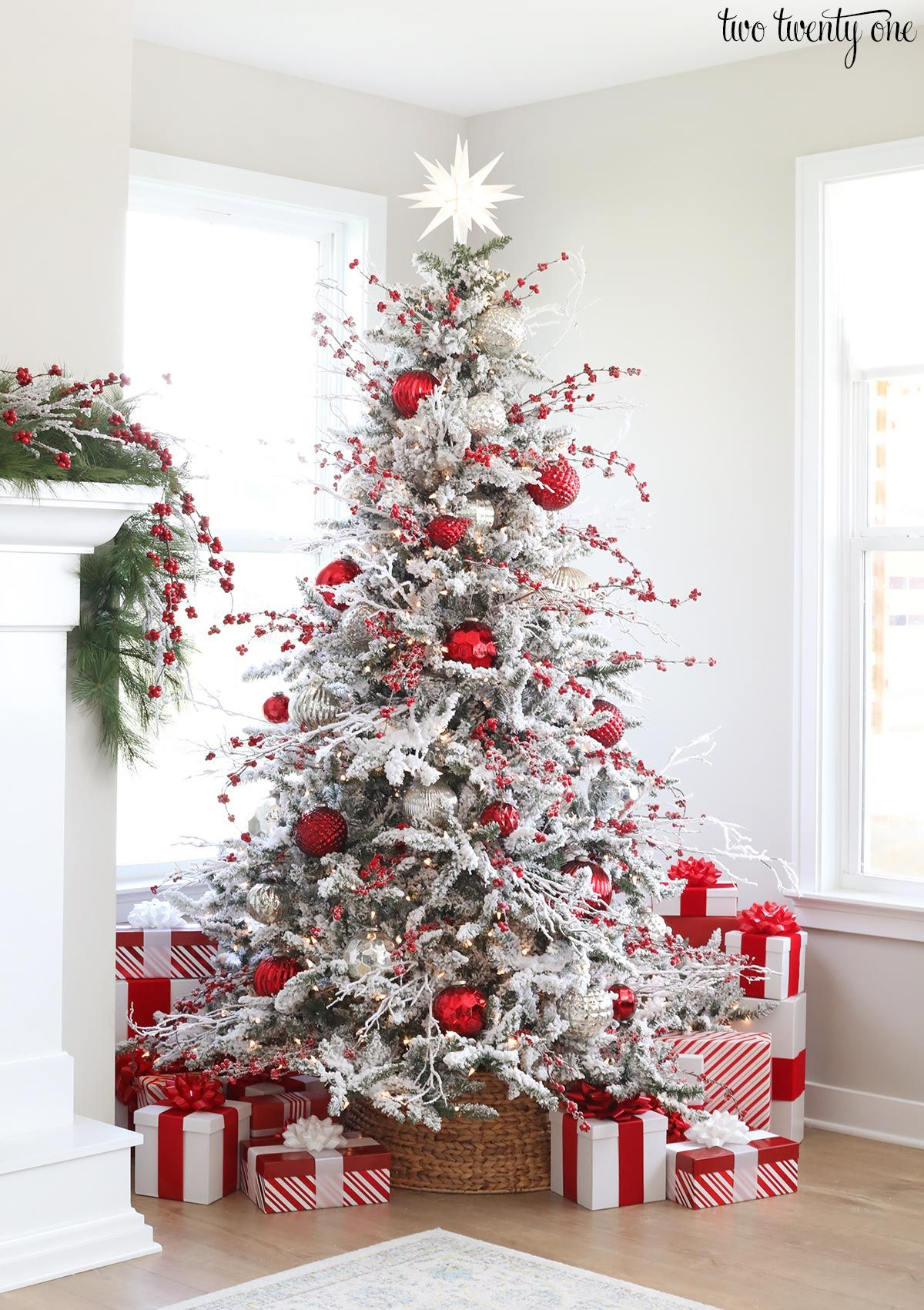 Decorated Flocked Christmas Tree White Flocked Christmas Tree Christmas Tree Inspiration Red Christmas Decor
