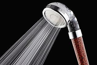Tausende Deutsche nutzen jetzt diesen neuen Duschkopf für