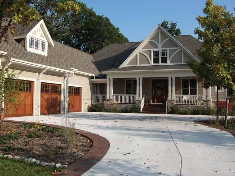 Large Craftsman Home Designs on large cabin homes, large cape cod home plans, large contemporary home designs, large traditional home designs,