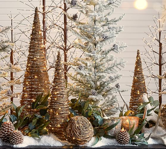 Our Favorite Holiday Decorating Ideas Pottery Barn Christmas Table Centerpieces Pottery Barn Christmas Natural Christmas Decor