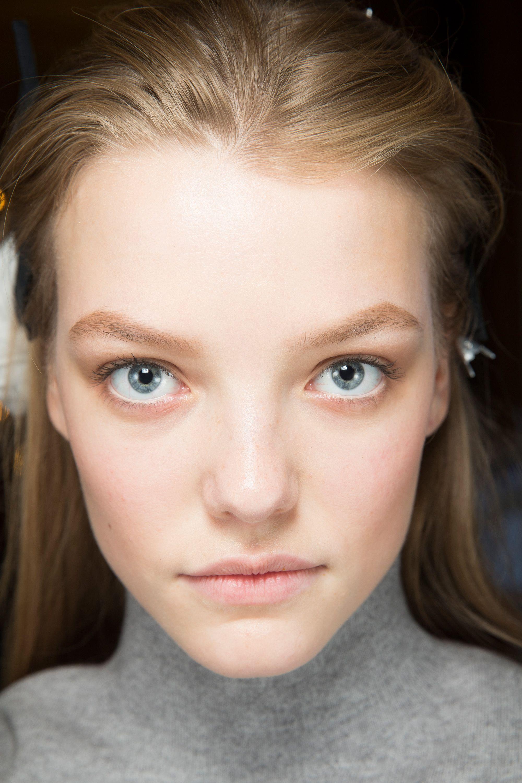 Spring/Summer 2017 Backstage Beauty Makeup looks