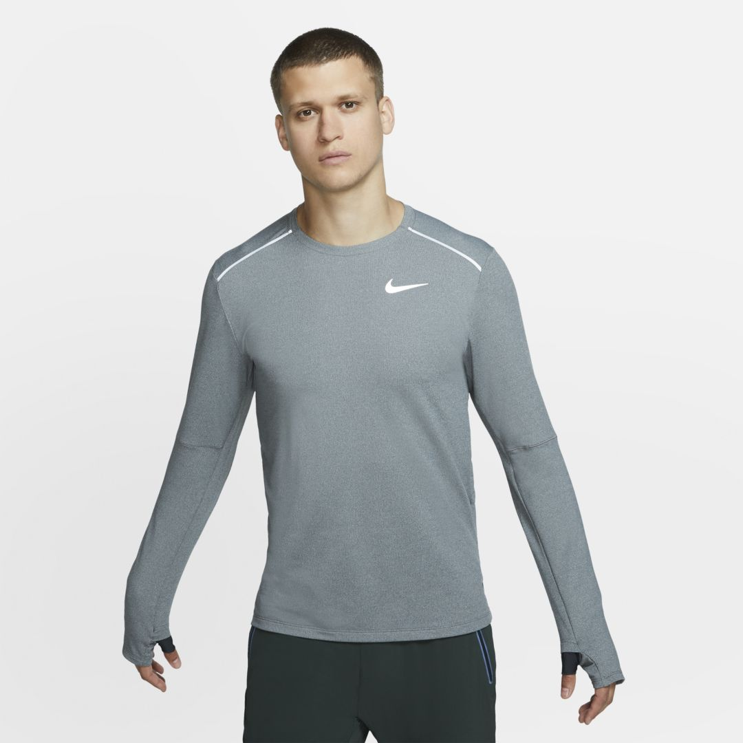 Photo of Nike Element 3.0 Men's Running Crew. Nike.com