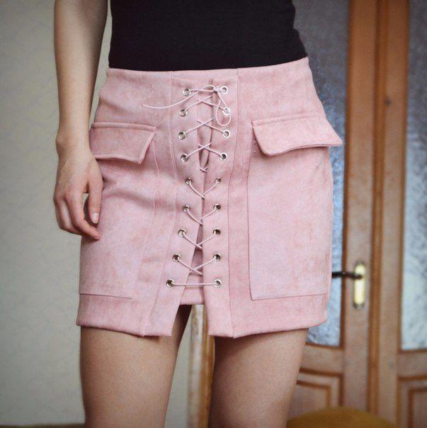 Юбка на шнуровке розовая