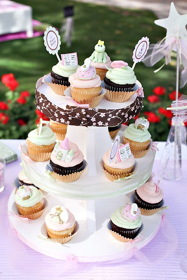 photo gateau anniversaire cupcake
