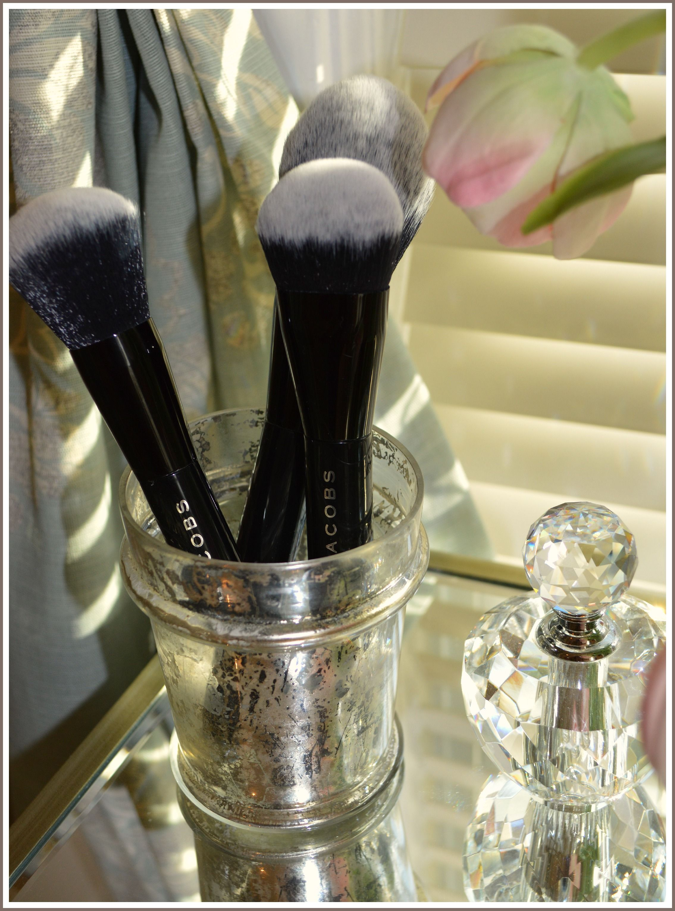 Marc Jacobs makeup brushes.. Makeup obsession