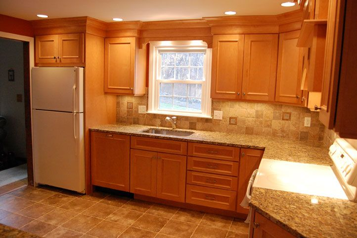 Maple Cabinets With Granite Countertop For Newly Remodeled Kitchen Maple Cabinets With Granite Countertop Small