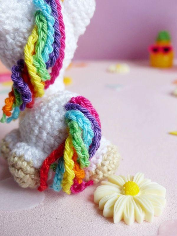 Ma licorne au crochet - Une fille à frange | DIY | Pinterest | Tiere ...
