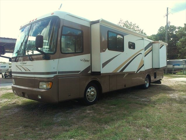 2000 monaco diplomat 36 39 diesel pusher rv for sale by owner tampa 36d w 49k miles on a cummins. Black Bedroom Furniture Sets. Home Design Ideas