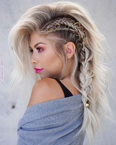 40 Most Beautiful And Easy Hairstyles For Long Curly Hair - Fashion - Hair Beauty