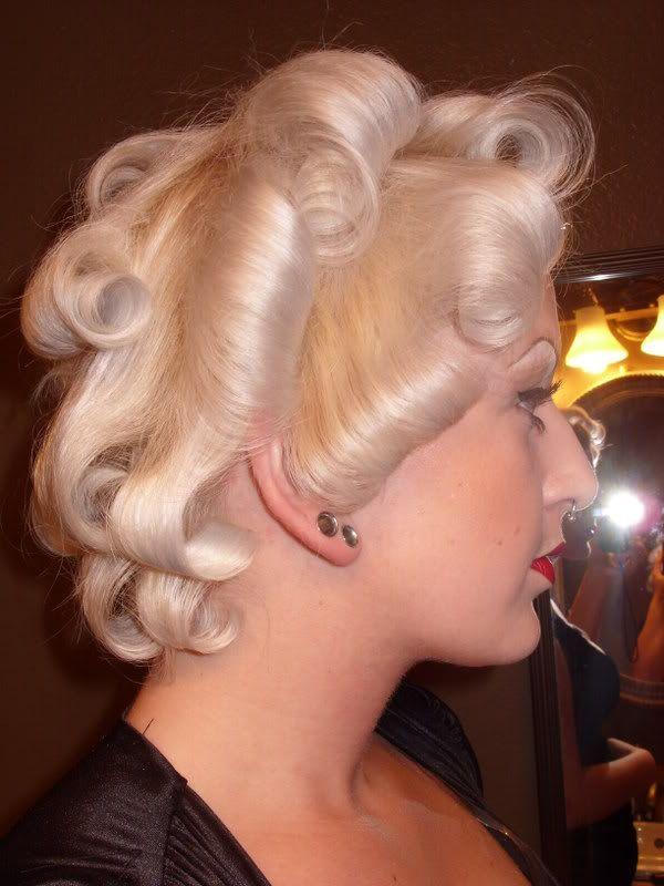Easy Marilyn Monroe Hair Tutorial Marilyn Monroe Hair Vintage Hairstyles Tutorial Vintage Hairstyles