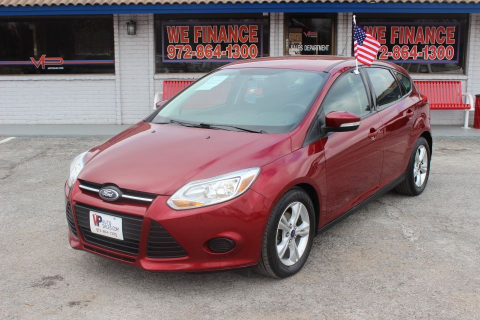 2014 Ford Focus Cherry Red And Low Miles Our Cars Pinterest