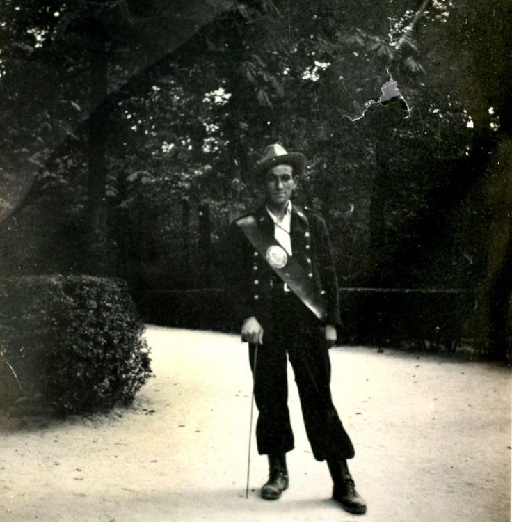 María José del Pozo Barbero 1950 Retrato del guarda del Parque del Buen Retiro. (Retiro)