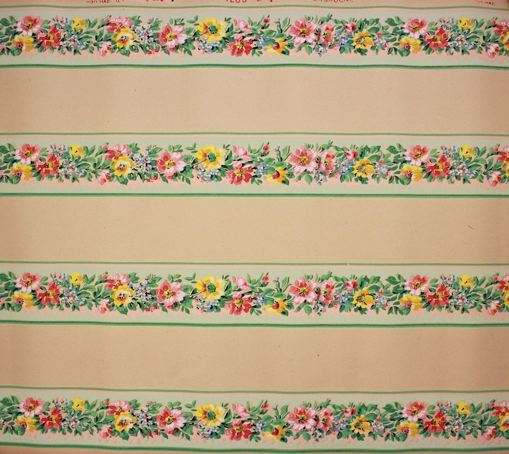 1930s Vintage Wallpaper Border Red and Yellow Flowers on