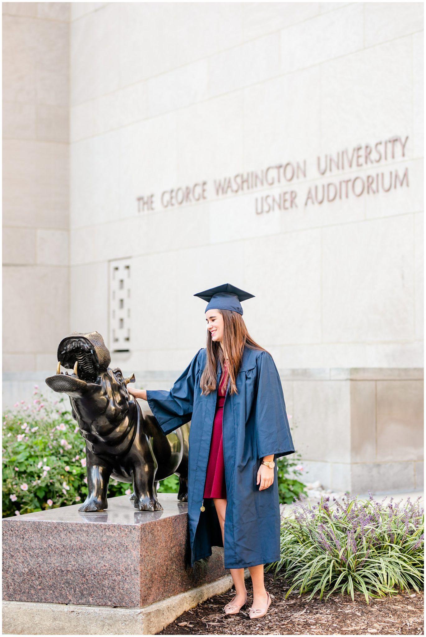 Gw University Graduation Photos Showit Blog In 2021 University Graduation Graduation Photos George Washington University
